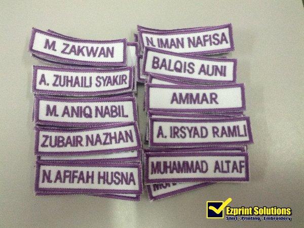 tempah name tag sekolah